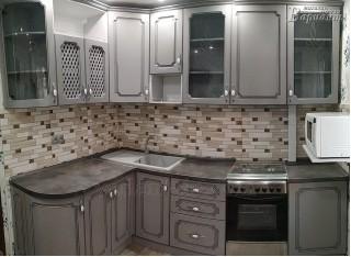 Кухня угловая крашеная 2,5х1,6м